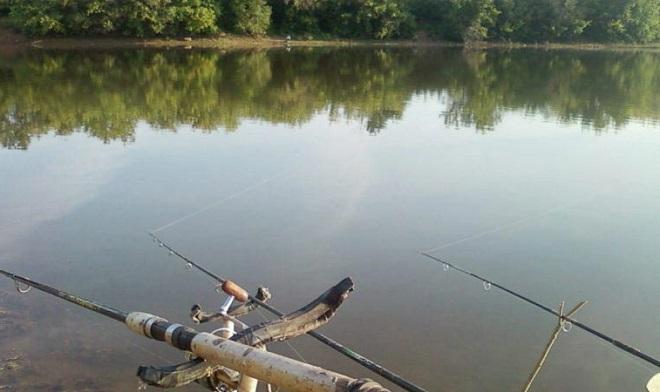 Фидерная рыбалка на озере