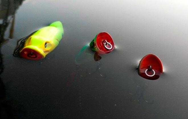 положение попперов в воде